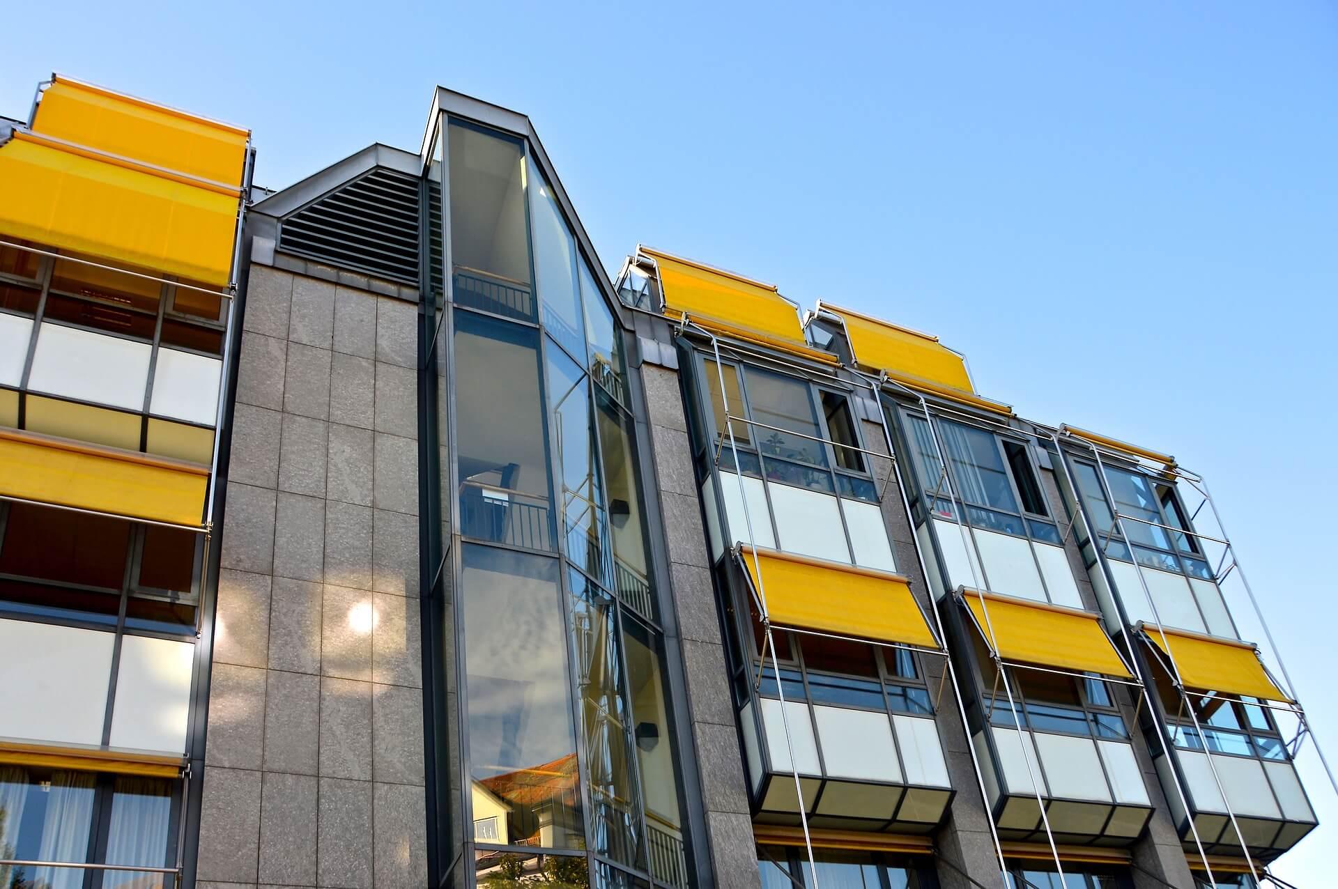 Sonnenschutz und Beschattung an Gebäuden